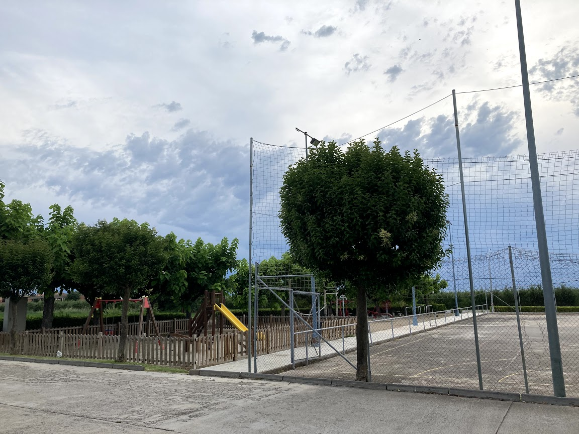 Pista esportiva i parc